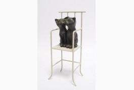 Katter på stol