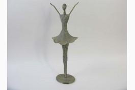 Ballerina i metall