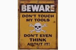 Plåttavla Beware